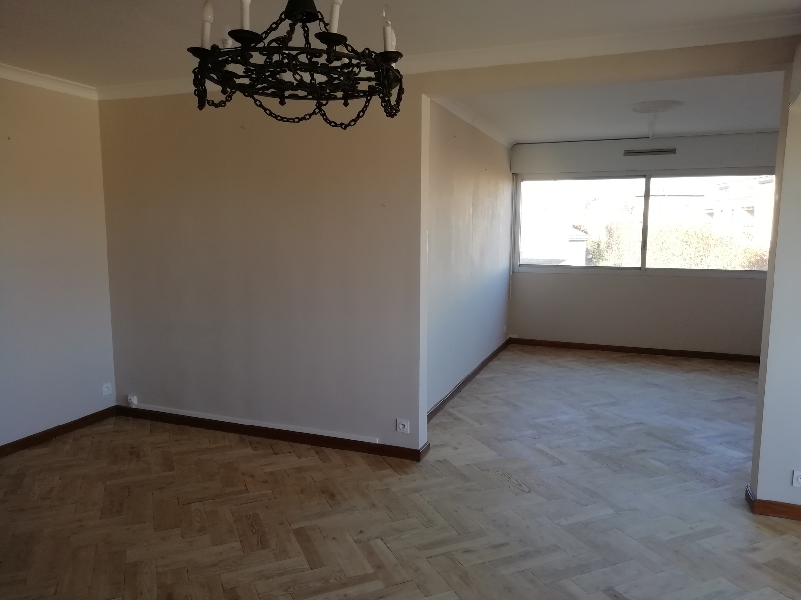 Vente Appartement À acheter 162000 € à Alès : grand appartement  à Ales