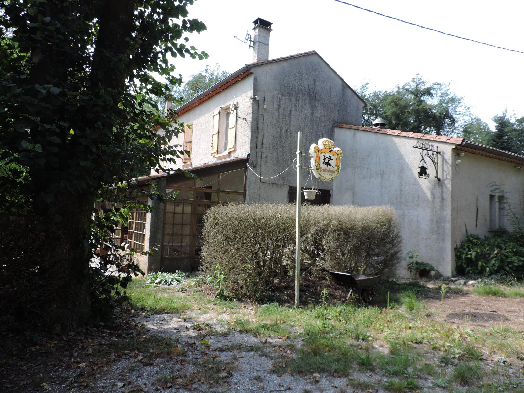 VENTE - ANCIENNE AUBERGE - 9 PIECES - 390 m² - ALES